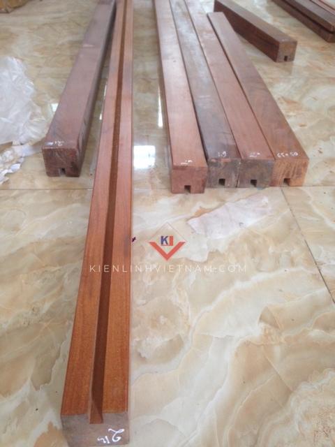 tay vịn gỗ căm xe vuông